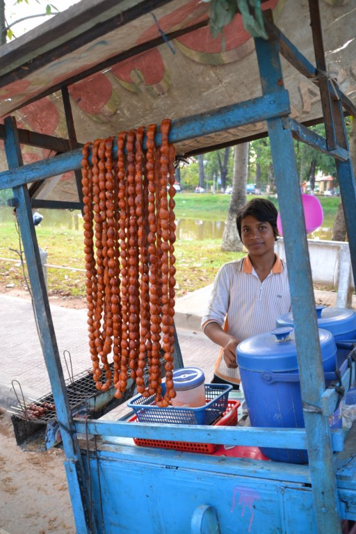 Saucisses, Siem Reap, Cambodge (Copier)